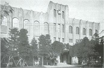旧第一校舎<br>(大正14年新築落成)